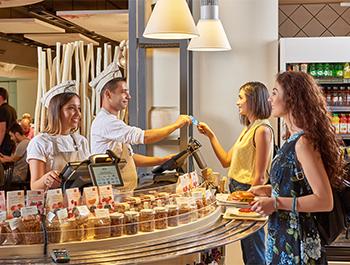التسوق والمطاعم